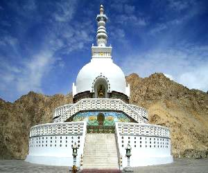 LEH - LADAKH with NUBRA VALLEY & Pangong  6 Night